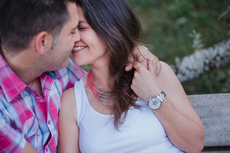 Blanca + Miguel de preboda por el río | Fotografía diferente de boda en Vigo